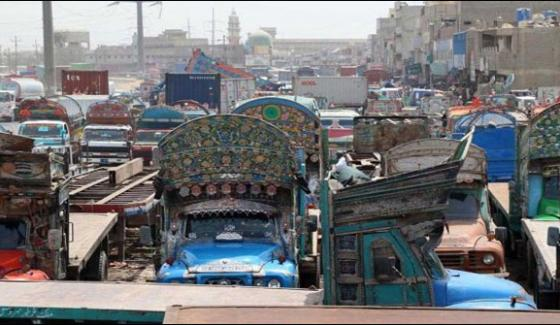 Staying Trucks Of Goods For 10 Days In Karachi Started To Run