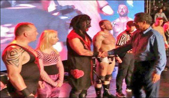 First Professional Wrestling Event Began In Karachi