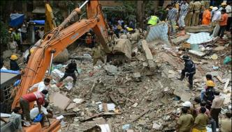 Mumbai 4 Storey Building Collapses 12 Killed