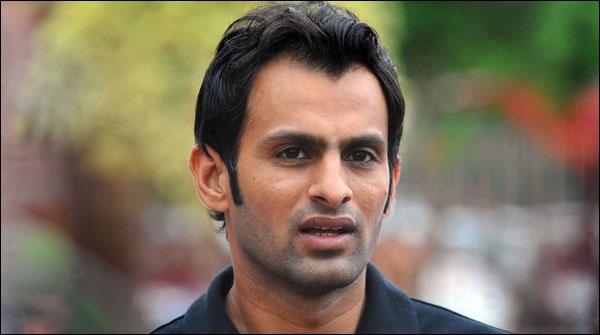 Shoaib Malik Completes 7000 Runs In T20