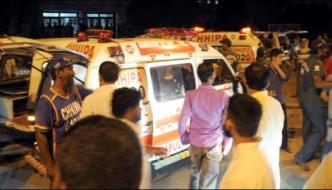 Karachi A Bus Accident Took Place In 1 Person Was Killed 18 Injured