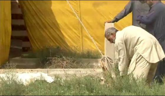 Karachi Honour Killing Authorities Exhume Couples Bodies For Examination