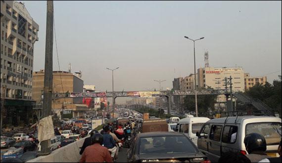Protest Against Kasuri Incidentin Karachi Traffic Jam On Sharaf Faisal