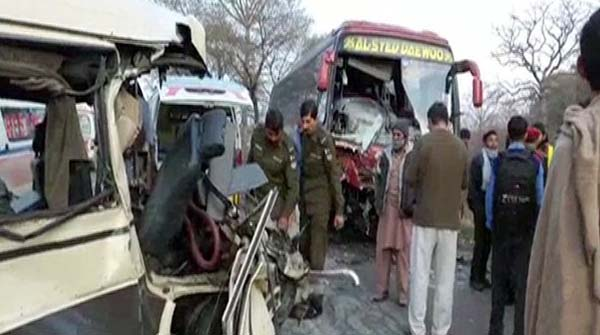 Wazirabad 6 People Died In Accident Between Wagon And Bus