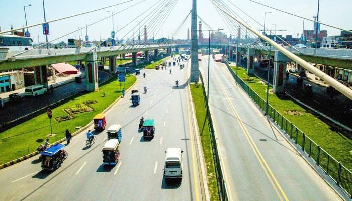 Lack Of Safety Arrangements In Peshawar Bus Rapid Transit Corridor Project