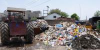 میئر کراچی نے کچرا اٹھانے سے ہاتھ اٹھا لیے