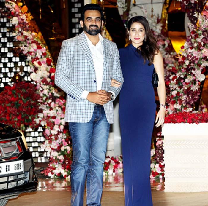 زاہیر خان اپنی اہلیہ کے ساتھ