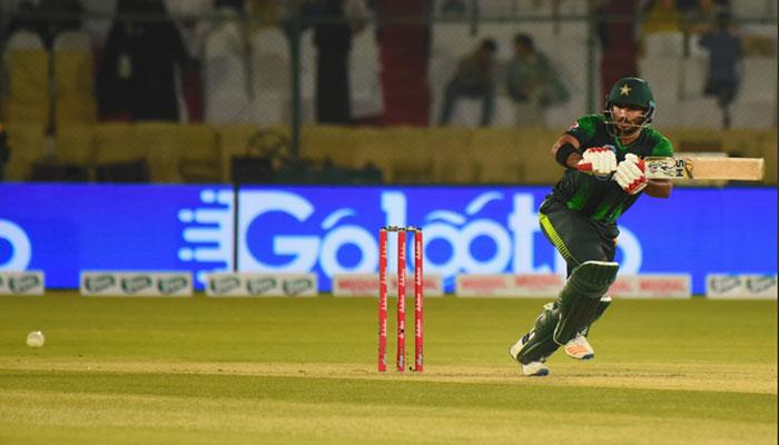 پاکستان نے ویسٹ انڈیز کو 206 رنز کا ریکارڈ ہدف دیدیا