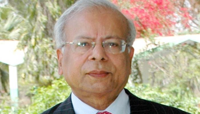 ڈاکٹر عشرت حسین کی پروفائل