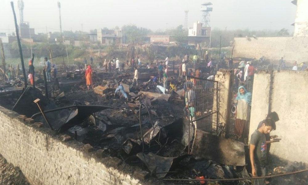 دہلی: روہنگیا کیمپ میں آتشزدگی ،راکھ کا ڈھیر بن گیا