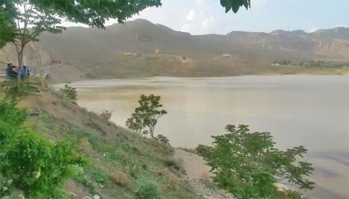 خشک سالی سے متاثرہ کوئٹہ کی ہنہ جھیل پانی سے بھرگئی