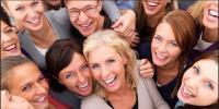 قہقہے لگائیں، عمر بڑھائیں، ہنسنے کے عالمی دن پر ماہرین کا مشورہ