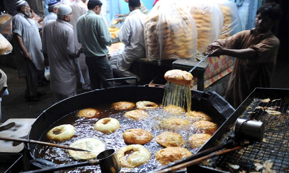 کمشنر کراچی کی پرائس لسٹ سامنے آگئی