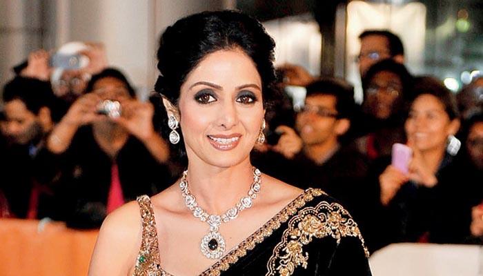 سری دیوی کینز میں ایوارڈ  حاصل کرنیوالی پہلی بھارتی اداکارہ