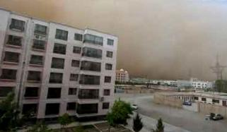 چین میں ریت کا طوفان اُمڈ آیا؛نظام زندگی درہم برہم