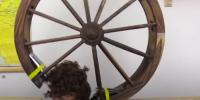 امریکی نوجوان نے بال کاٹنے کیلئے خودکار کٹر بنا ڈالا