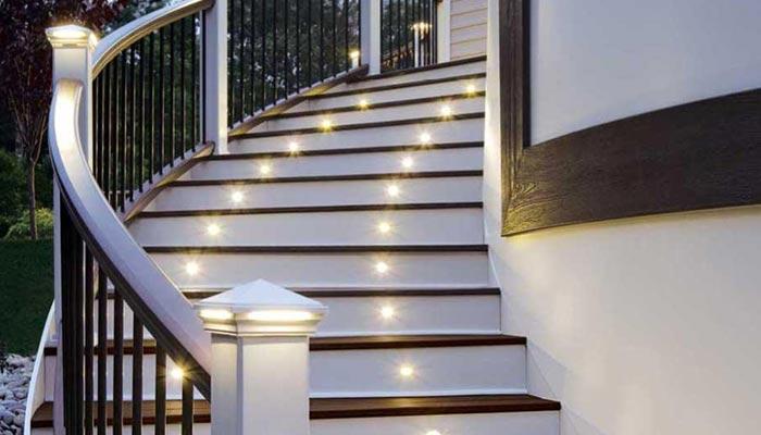 گھر کی خوبصورتی بڑھائیں سیڑھیوں کو روشن بنائیں