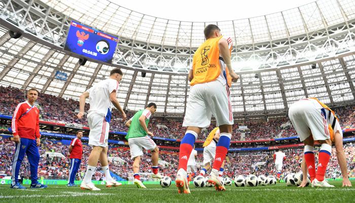 فٹبال ورلڈ کپ کا رنگا رنگ آغازہوگیا