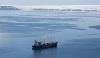 قطب جنوبی کی برف پگھلنے کی رفتار تین گنا ہوگئی