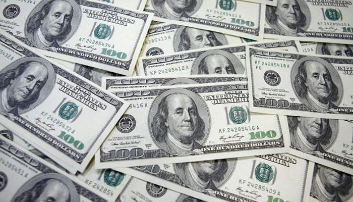 امریکی ڈالرکی اونچی اڑان جاری