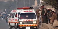 کراچی: لانڈھی میں ٹریلر الٹ گیا، نیچے دب کر نوجوان جاں بحق