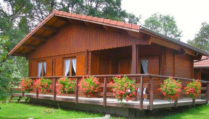 لکڑی سے گھروں اور عمارتوںکی تعمیر