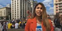 لائیو کوریج کے دوران خاتون رپورٹر کو بوسہ دے کر بھاگ گیا