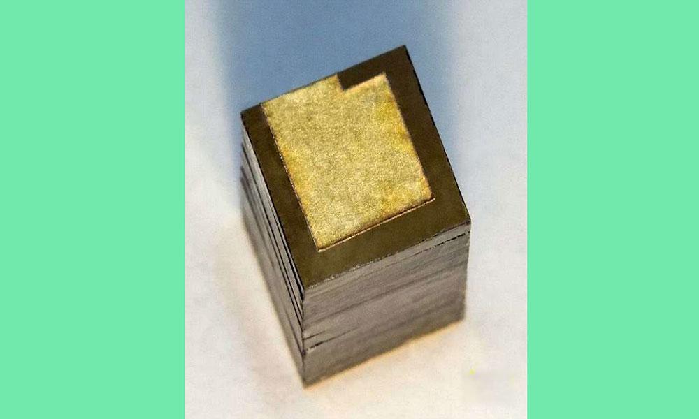 سو سال تک توانائی فراہم کرنے والی بیٹری تیار
