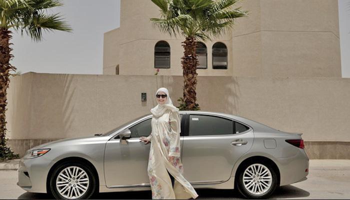 سعودی عرب،خواتین آن لائن ٹیکسی سروس چلانا شروع کردی