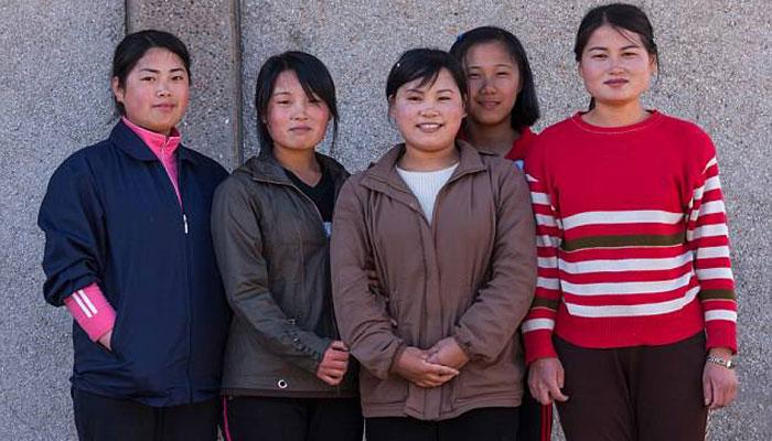 شمالی کوریا، منی اسکرٹس اور جالی دار موزے پہننے پر پابندی