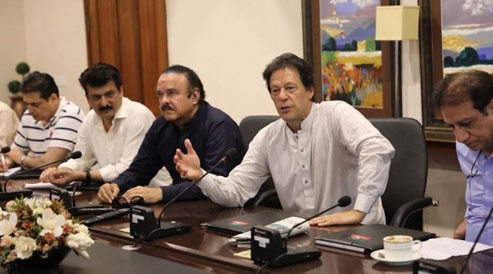 نوازشریف کو ہیرو نہیں بننے دیں گے، عمران خان