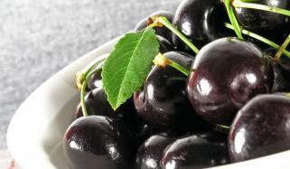 8 ایسے فائدے جو آپ کو جامن کھانے پر مجبور کر دیں