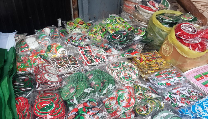 کراچی کی پیپر مارکیٹ میں بھی الیکشن کی تیاریاں عروج پر
