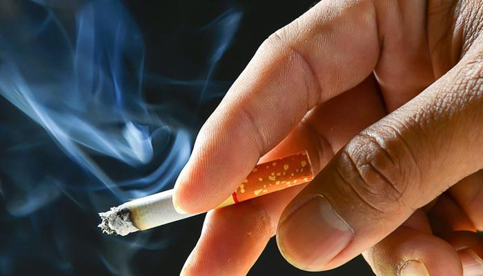سگریٹ کا آدھا پیکٹ فروخت کرنے والے دکاندار پر 5ہزار ریال جرمانہ