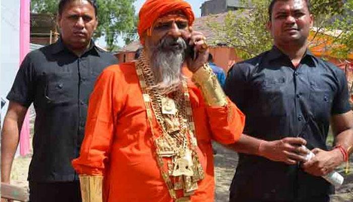 بھارت:سونے کا شوقین 'گولڈن بابا'