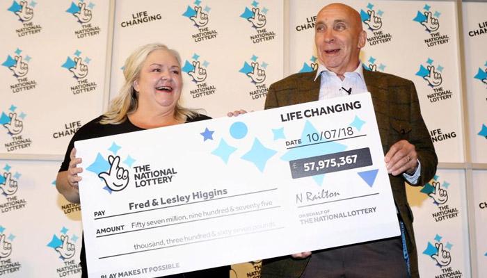 عمر رسیدہ جوڑےنے 5 کروڑ 79 لاکھ پاؤنڈ کی لاٹری جیت لی