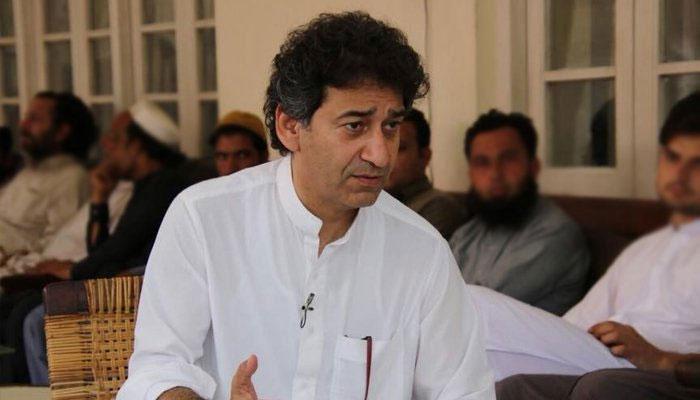 وزیراعلیٰ خیبرپختونخوا کی نامزدگی پر عاطف خان ناراض