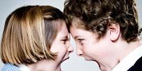 والدین بھائی بہنوں کی لڑائی سے پریشان نہ ہوں!!