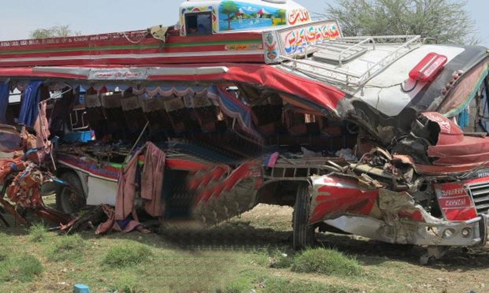 ایف سی کی گاڑی کا بس سے تصادم، 4 اہلکار جاں بحق