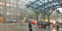 جرمنی میں تیز ہوائیں، ریلوے اسٹیشن کی چھت اُڑ گئی