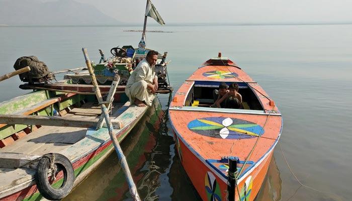 منچھر جھیل کی کشتیاں