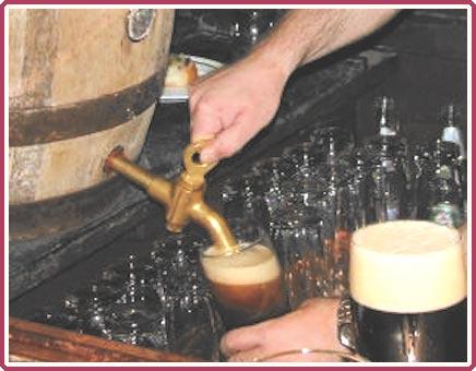 منشیات کی وباء: شراب کی فیکٹریاں ''کاٹیج انڈسٹری'' بن چکی ہیں