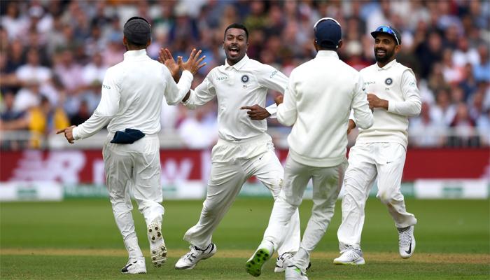 ناٹنگھم ٹیسٹ میں انگلینڈ 161پر ڈھیر، بھارت کو292رنز کی برتری