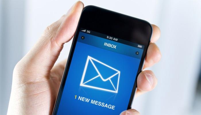 40فیصد افراد باتھ روم میں ،60 فیصد ٹی وی دیکھتے ہوئے ای میل چیک کرتے ہیں