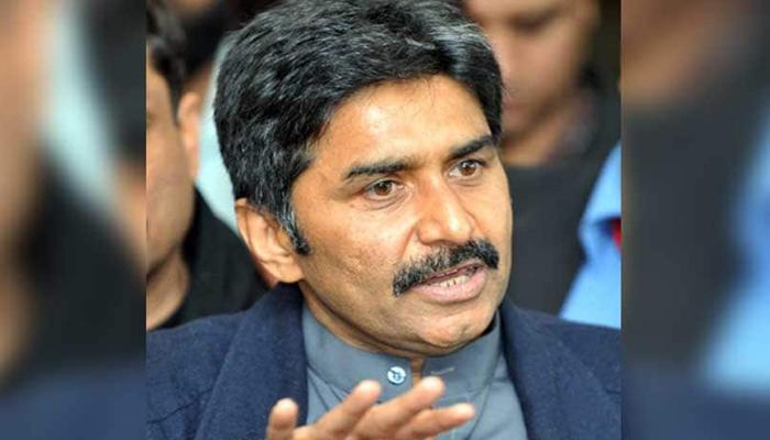 جاوید میانداد نے کراچی کیلئے اپنی خدمات پیش کردیں
