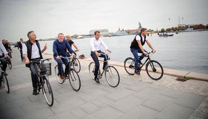 فرنچ صدر اور ڈینش وزیراعظم کی سائیکل پر سیر
