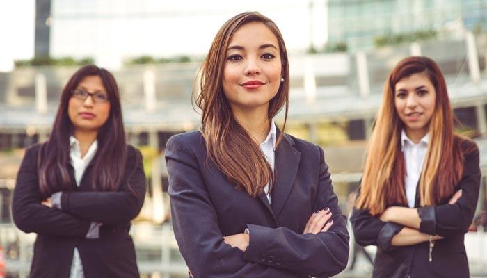 پروفیشنل خواتین کی منفرد عادتیں