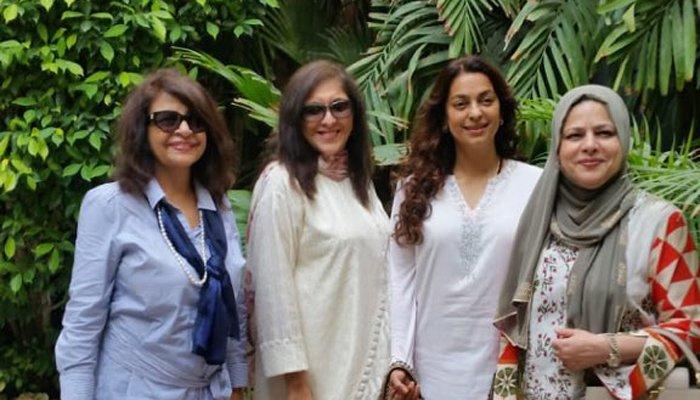 جوہی چاولہ فلم دیکھنے کراچی پہنچ گئیں