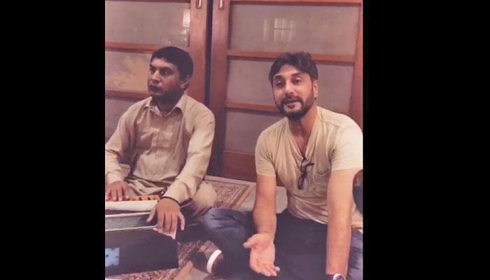 جگجیت سنگھ کا گانا اور عدنان صدیقی کی آواز