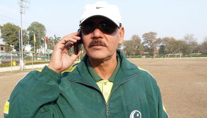 قومی فٹ بال ٹیم کے کپتان کا پریمیئر لیگ میں شامل نہ ہونا حیران کن ہوگا، طارق لطفی